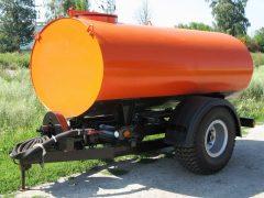 Прицеп-цистерна для полива к трактору