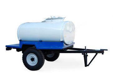 Прицеп цистерна на 900 литров